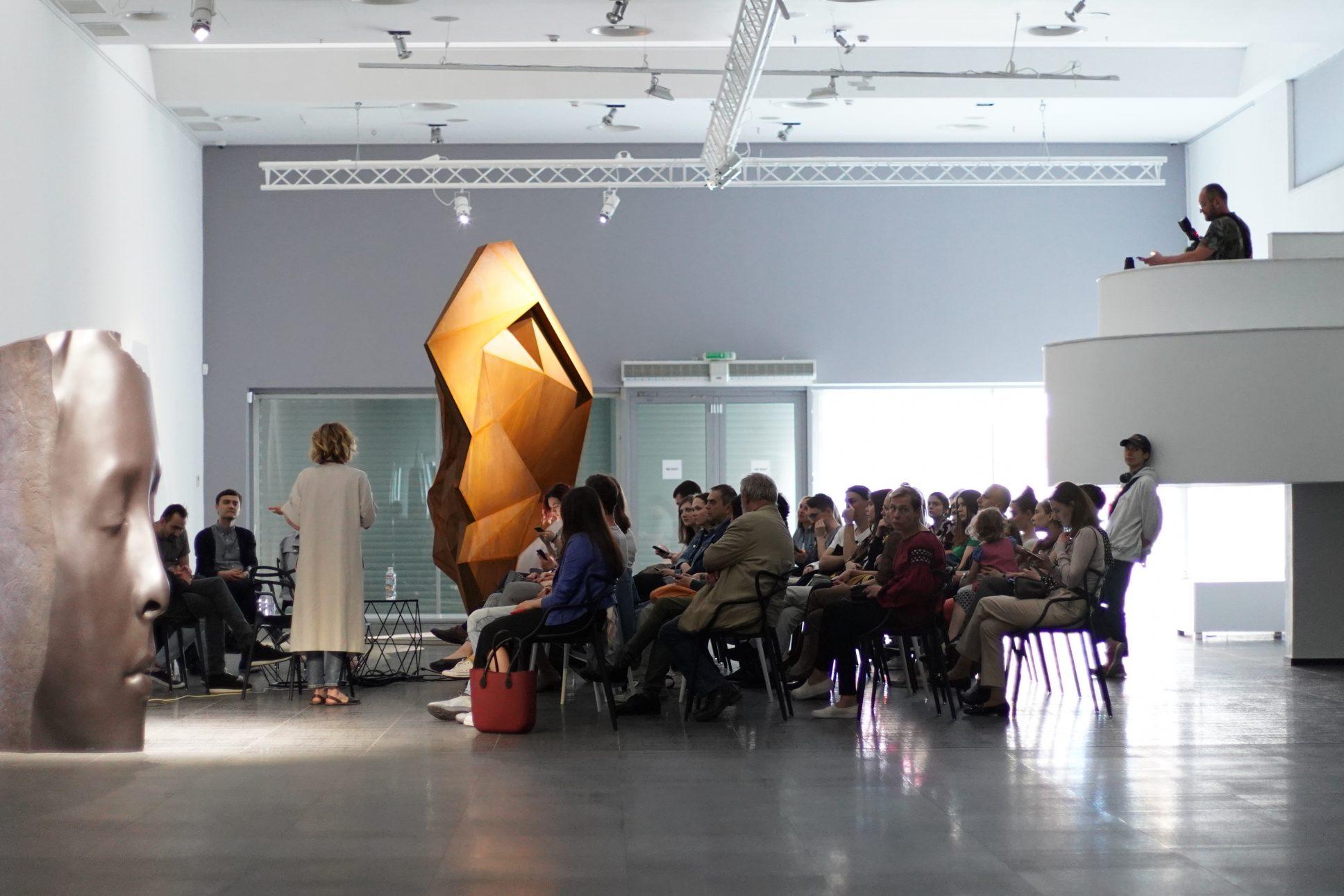Мистецтво у громадських просторах: за і проти