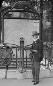 Хроніки підземних світів: Париж. М – означає Метро