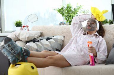Усунути загрозу: як правильно прибирати квартиру під час епідемії коронавірусу