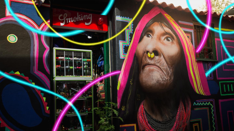 Реклама по-колумбийски: о чем говорят с прохожими вывески на улицах Боготы
